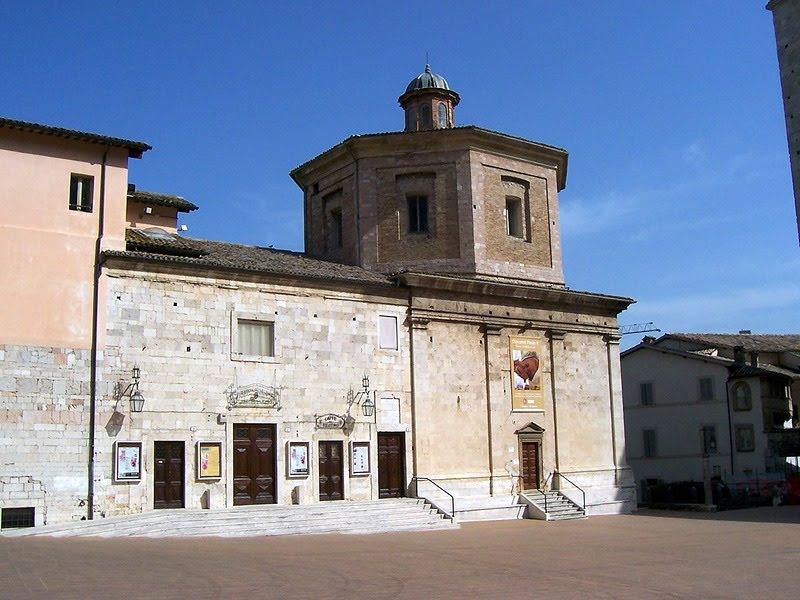 Chiesa di S. Maria della Manna d'Oro