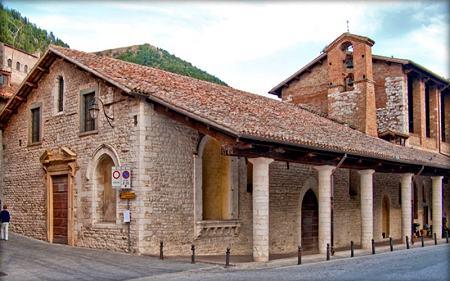 Chiesa di S. Maria dei Laici