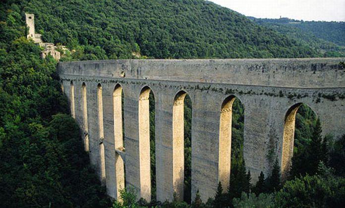 Ponte delle Torri e Fortilizio dei Mulini